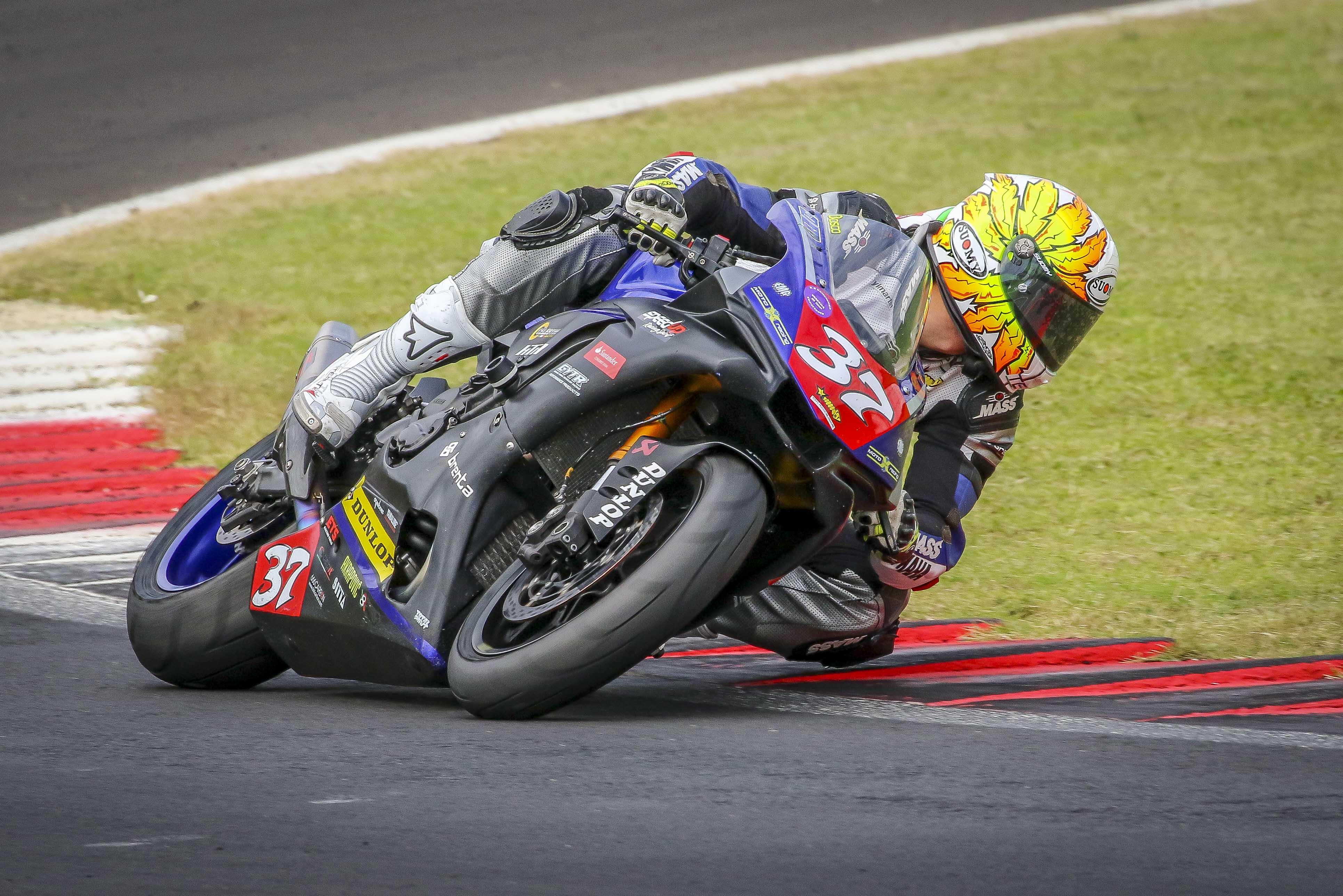 Il 2019 Del Trofeo Yamaha R1 Cup Si Apre All Insegna Della Competitivita